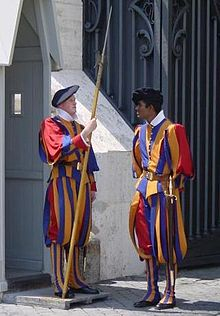Pontifical_Swiss_Guards