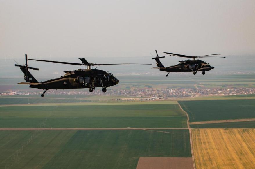 elicoptere americane in zbor in dobrogea