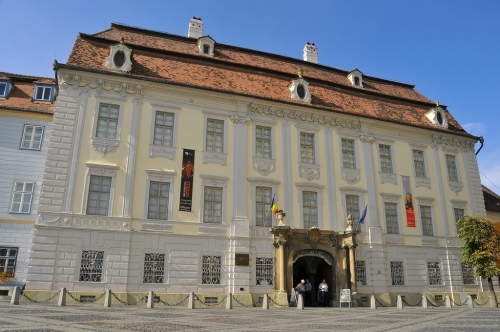 Palatul_Brukenthal_din_Piata_Mare